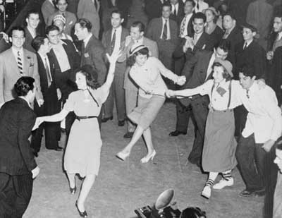 1940s-Dance-Party-vintage-photo
